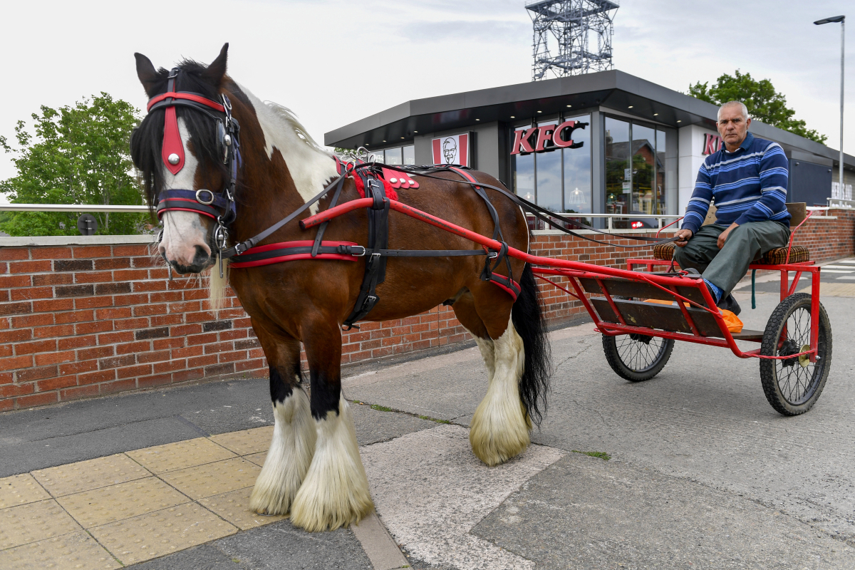 Traveller 'humiliated' by KFC after being refused service at drive-through in horse and cart