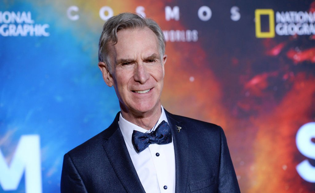 Bill Nye Is Here to Demonstrate That Face Masks Get the Job Done