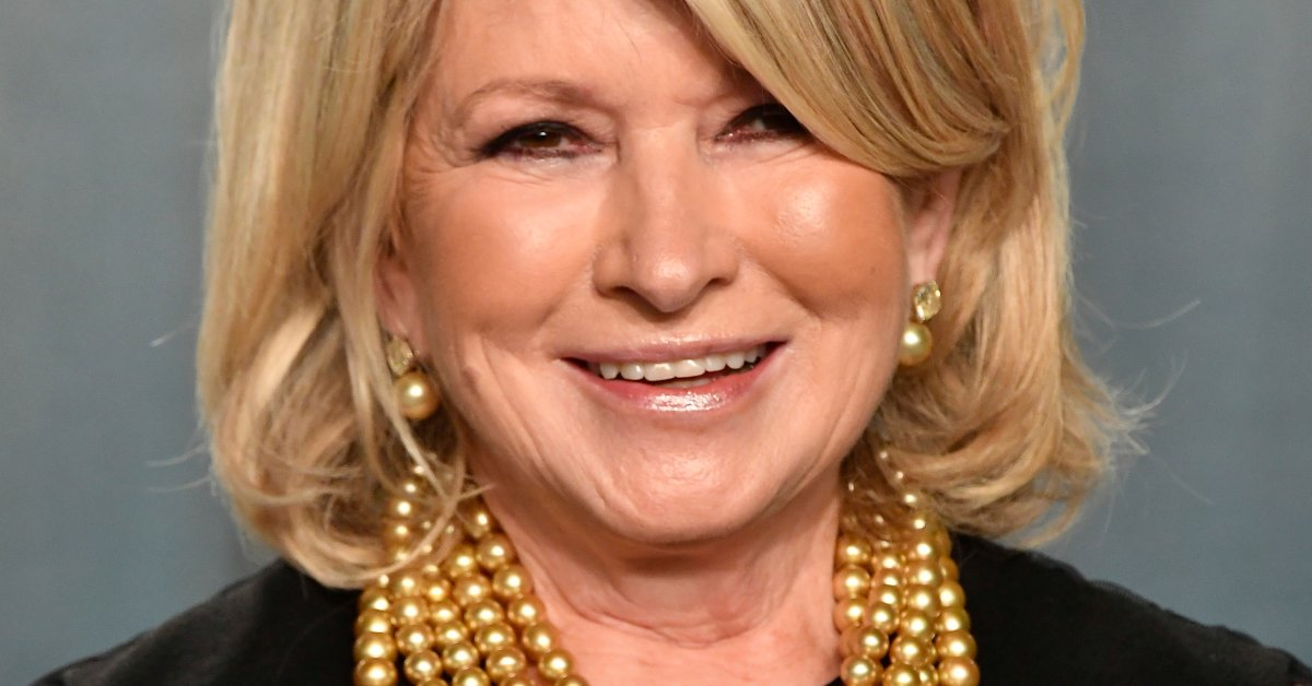 Martha Stewart Explains Her 'Thirst Trap' Swimming Pool Selfie