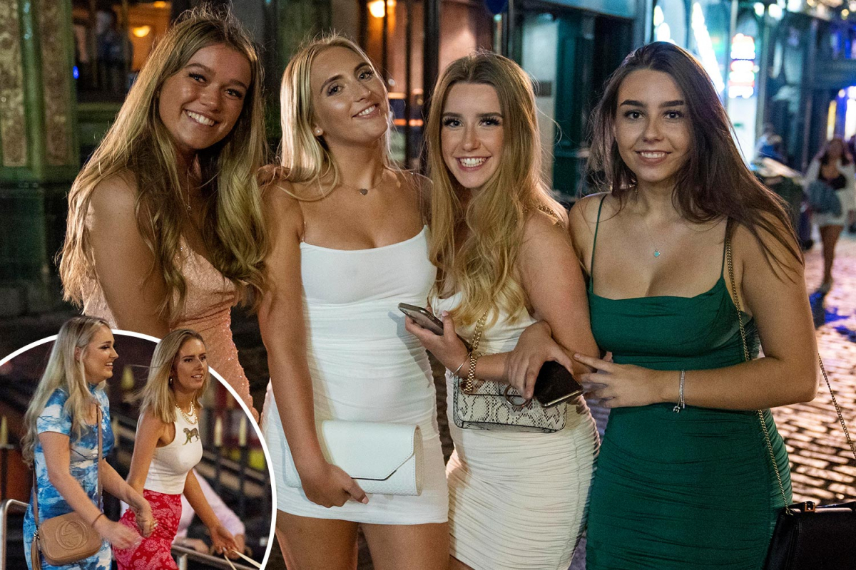 A-Level students celebrate results with a boozy night on the town